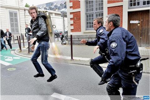 フランス警察の追跡11