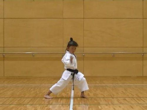 7歳空手少女02