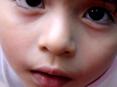 子供が鼻の穴に突っ込むモノTOP