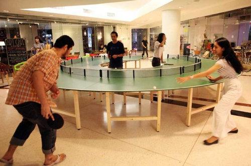 タイの丸い卓球台03