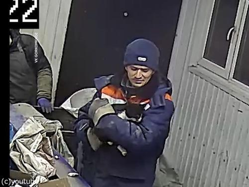 ロシアのゴミ処理施設で命拾いした猫、地元の副大臣に出世する01