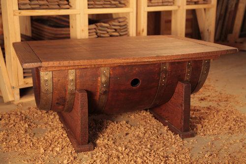 ワイン樽から作った家具17