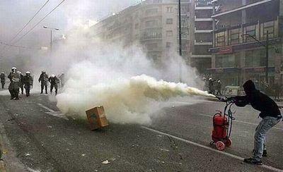 デモや暴動13