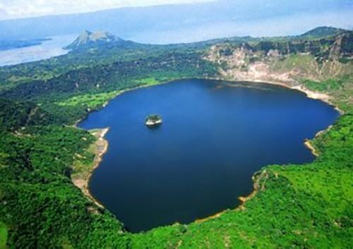 クレーター湖06