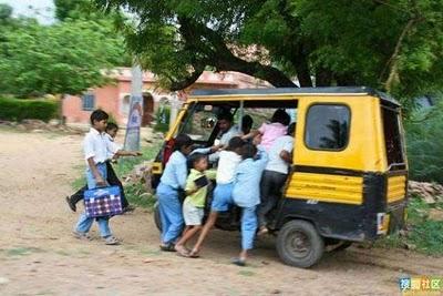 インドのスクールバス12