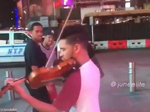 ニューヨーカーとバイオリン00