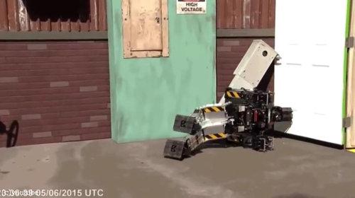 ロボットと酔っ払いはよく似ている01