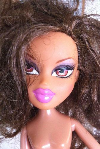 もし人形から化粧を取ったら07