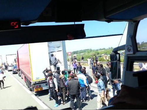フランスの違法移民01