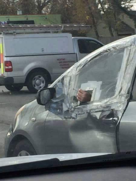 01運転中に道路で出くわす突飛ないろいろ