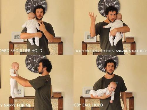 「赤ちゃんの抱き方」00