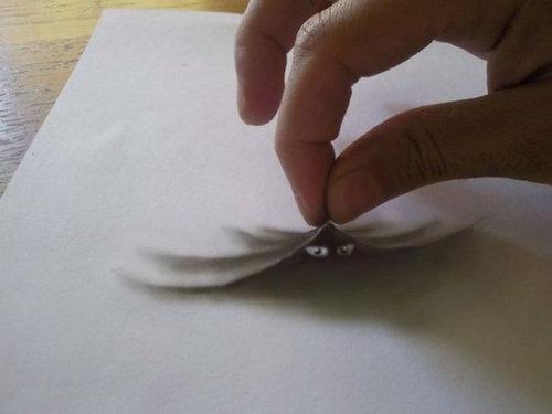 紙に描いた立体アート07