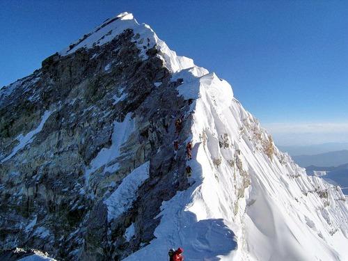 エベレストの頂上01