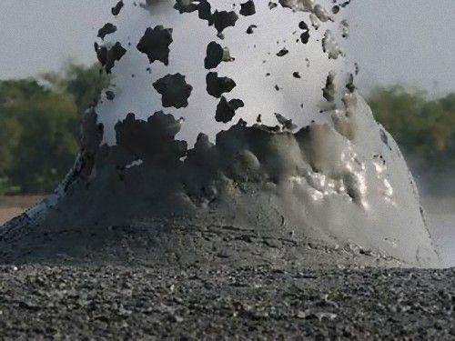 泥火山の泡00