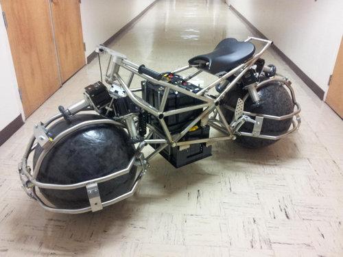 グループプロジェクトのバイク01