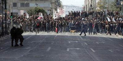 ギリシャの暴動犬11
