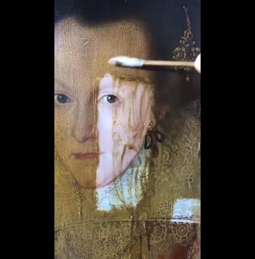 400年前の絵画の汚れを取り除いた結果04
