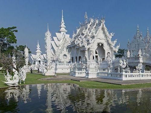 タイの寺が、中国人用のトイレを隔離00