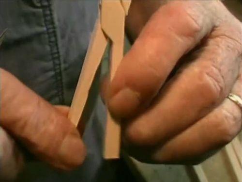 1本の木材からペンチ01