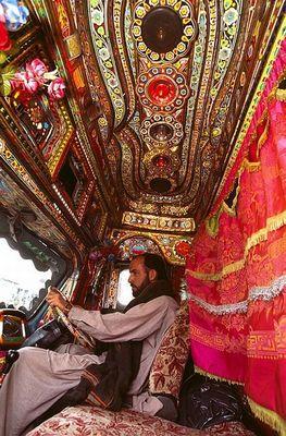 パキスタンのデコトラ16