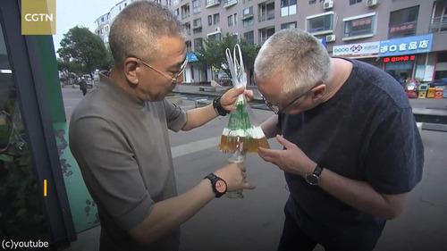 中国のビールの飲み方04