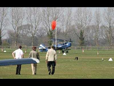 パイロットなしの飛行機