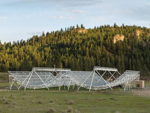 電波望遠鏡CHIME