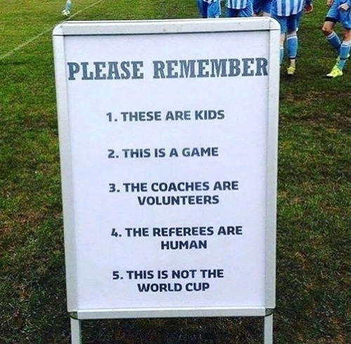 子どものサッカー試合のための注意書き01