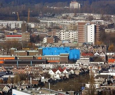 真っ青に染めてしまったロッテルダムの建物06