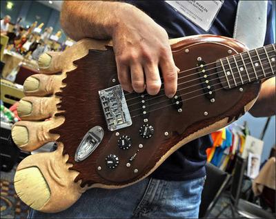 面白ギター01