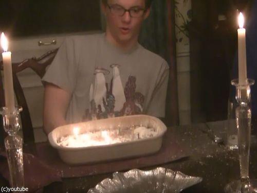 誕生ケーキに粉砂糖を使い過ぎないほうがいい理由08