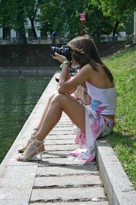 写真を撮られるカメラマン005