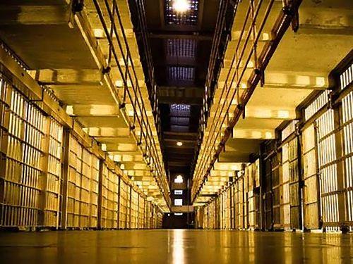 オランダでは犯罪者不足のため8つの刑務所を閉鎖00