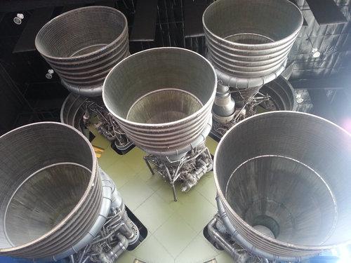 スペースシャトルのエンジン10