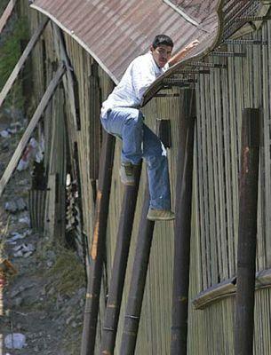 不法移民の国境越え01