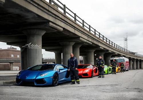 ランボルギーニと消防士01