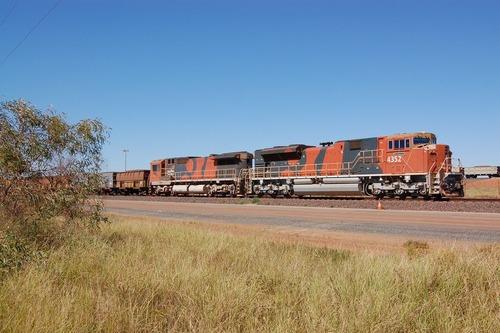 オーストラリアで268両の貨物列車が暴走00