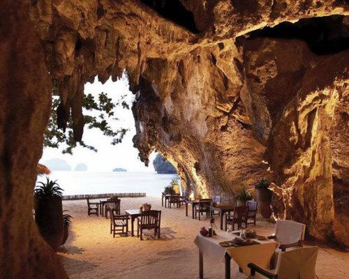 世界の絶景レストラン20