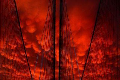 ニューヨークの空を埋め尽くした乳房雲13