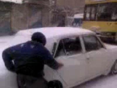 イランの交通手段