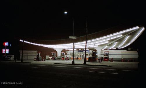 スロバキアのガソリンスタンド04