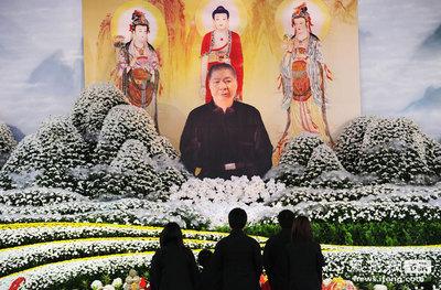 台湾マフィアの葬儀06
