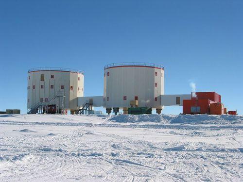 南極基地08