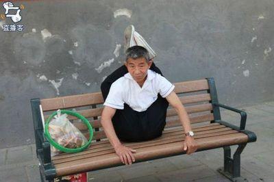 中国のおじさん02
