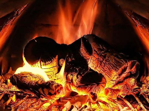 暖炉の前での会話