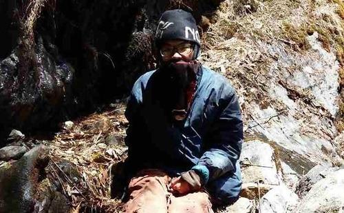 ヒマラヤで47日間も行方不明だった男性が救出01
