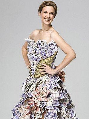 お金のドレス