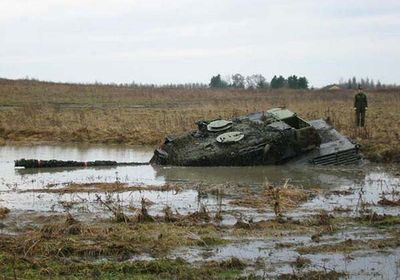 事故を起こした戦車06