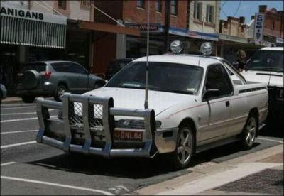 変な車20