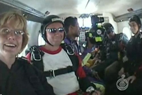 スカイダイビングのヒーロー04